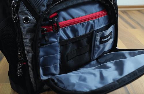 Das Vorderfach vom Wenger Swissgear Rucksack